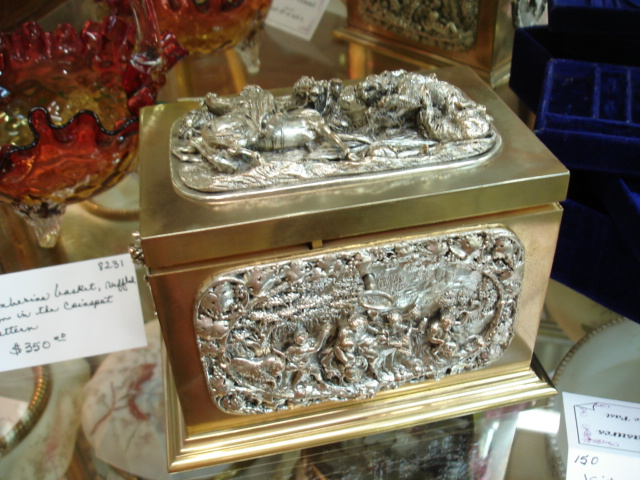 Jewelry casket